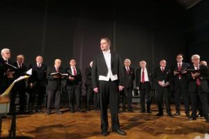 coro con tenore